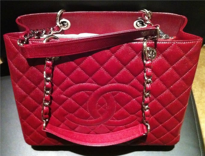 346175995b59 Chanel GST Bag Reference Guide