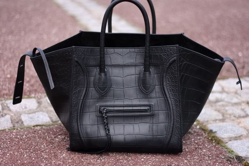 Celine Phantom Bag with Missing Signature Front Logo | Spotted Fashion