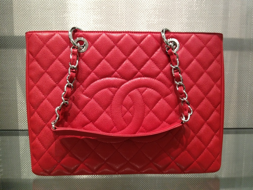 chanel red gst bag bag � spotted fashion