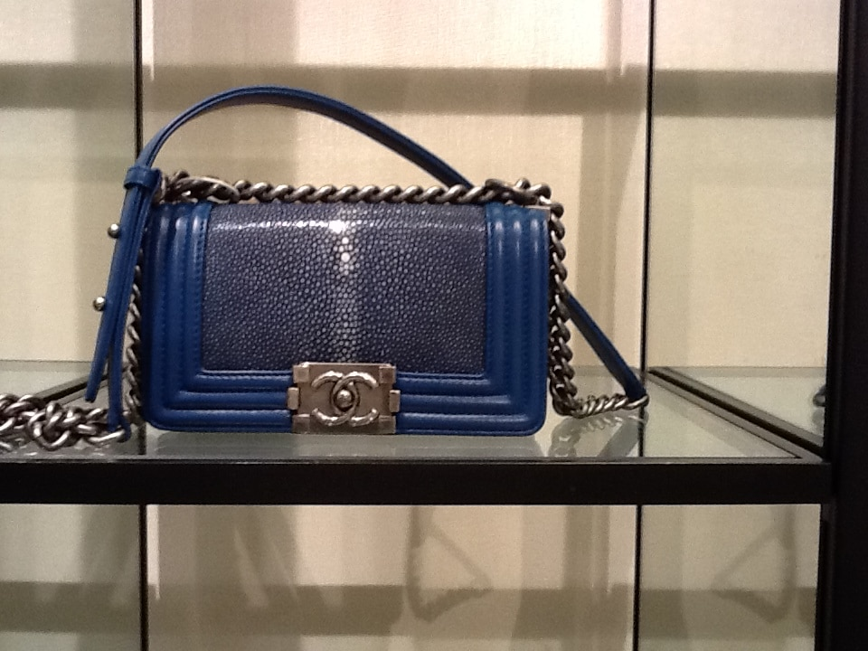 chanel-new-boy-blue-stingray-bag-fall-2012-2