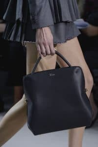 Dior top handle bag spring 2013 runway 3