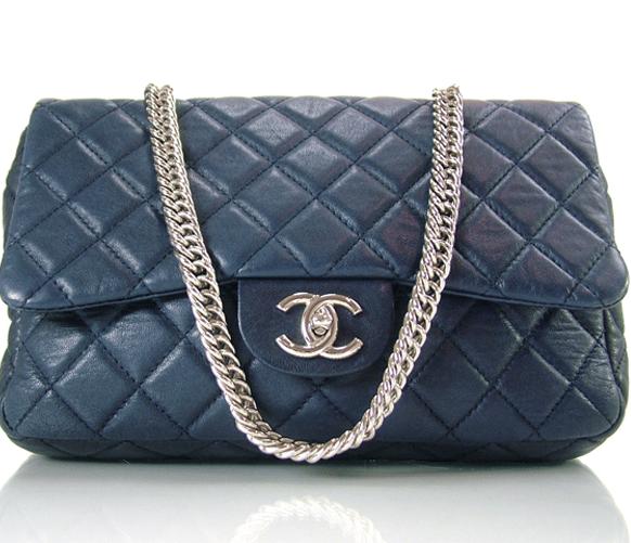 Chanel Jumbo 2.55 Flap bag with Bijoux Chain
