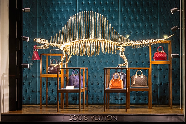 louis vuitton dinosaur display at the champs lys es store in paris spotted fashion. Black Bedroom Furniture Sets. Home Design Ideas