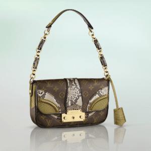 Louis Vuitton Vert Python/Alligator Monogramissime Pochette Bag