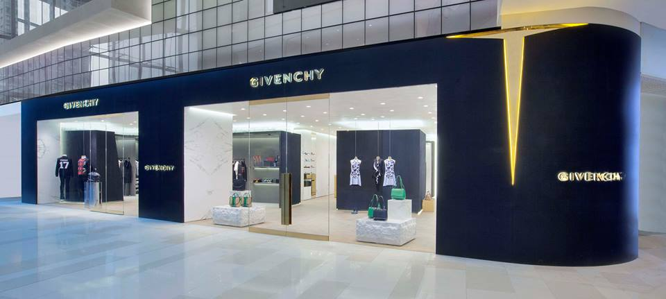 25ade22cb0 Givenchy Shop Online Outlet | The Art of Mike Mignola