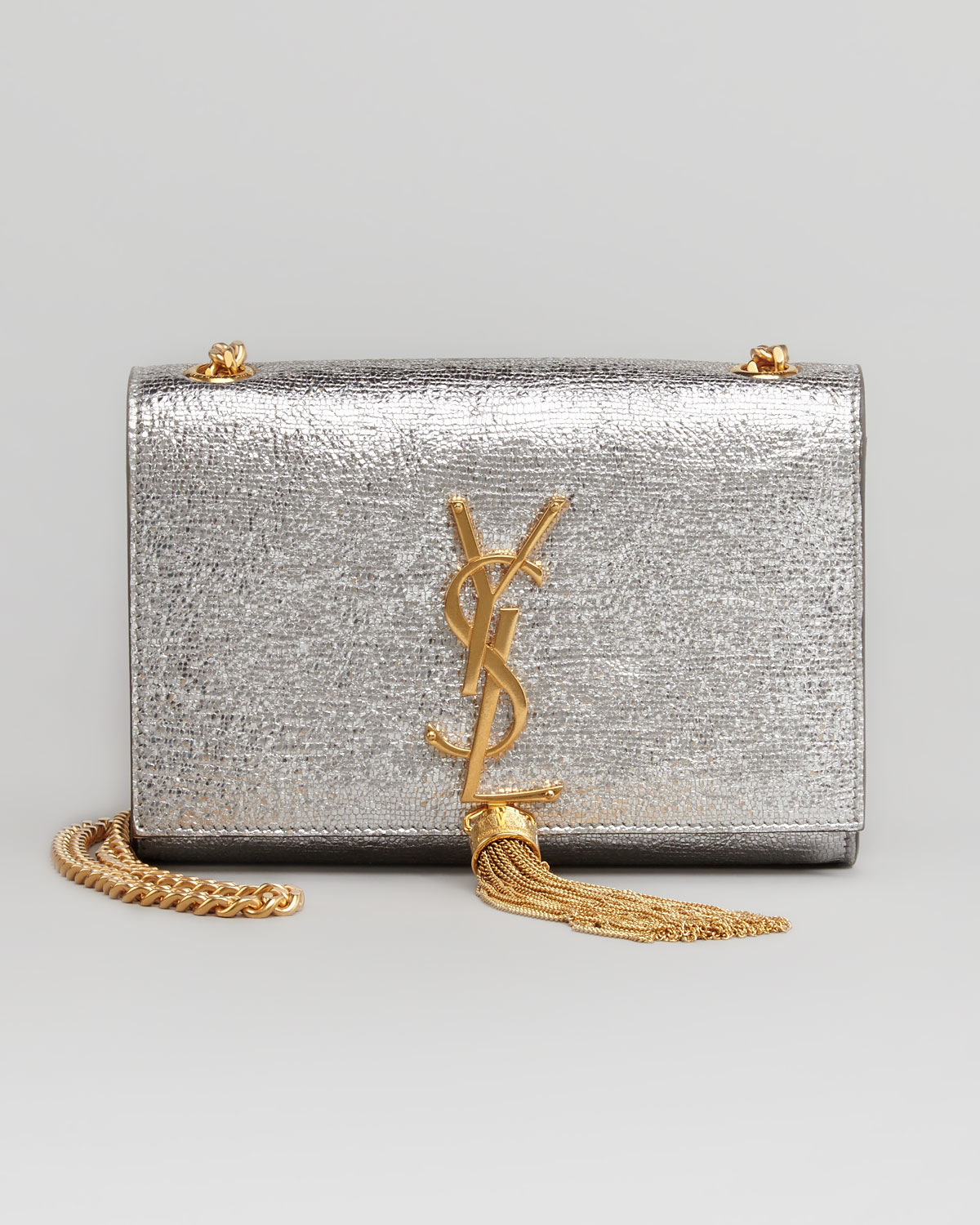 6e1ae28f7a24 Saint Laurent Classic Monogramme Clutch Bag Reference Guide ...