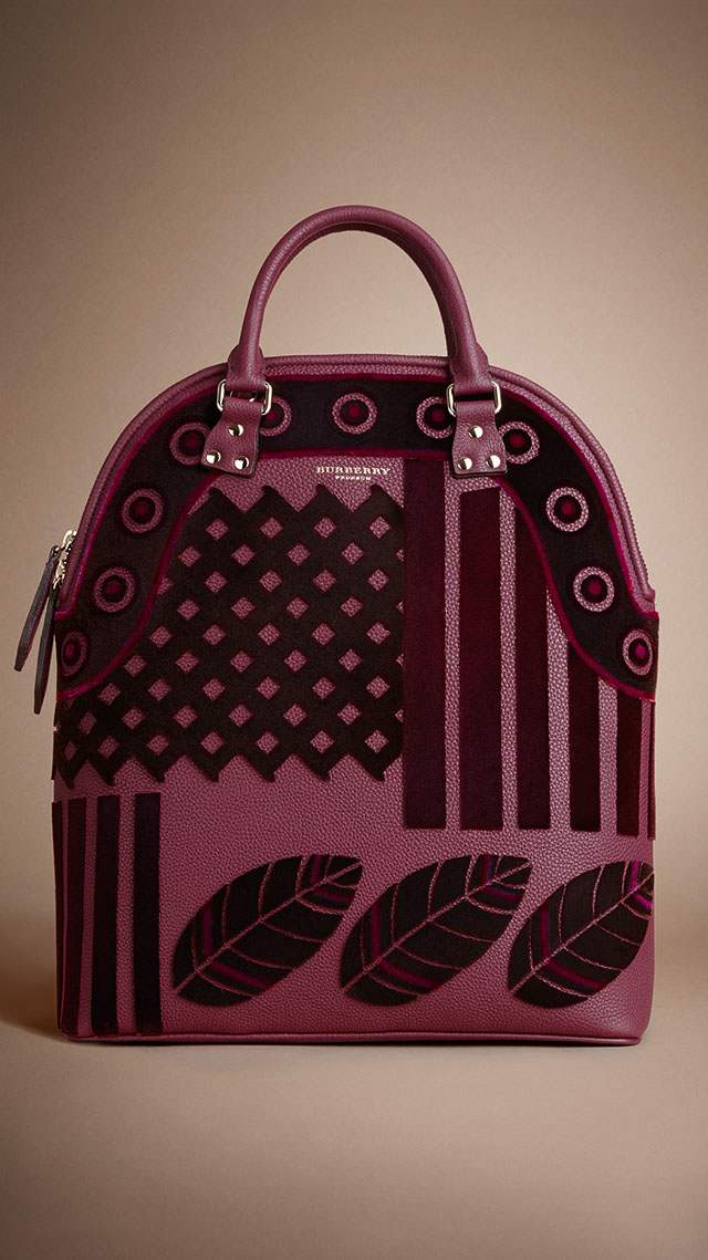 Burberry introduces Bloomsbury bag during Fall / Winter ...