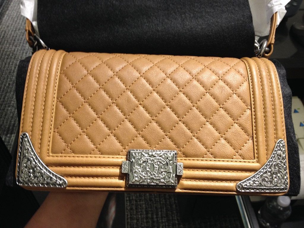 Buy Chanel replica boy reverso bag reference guide picture trends