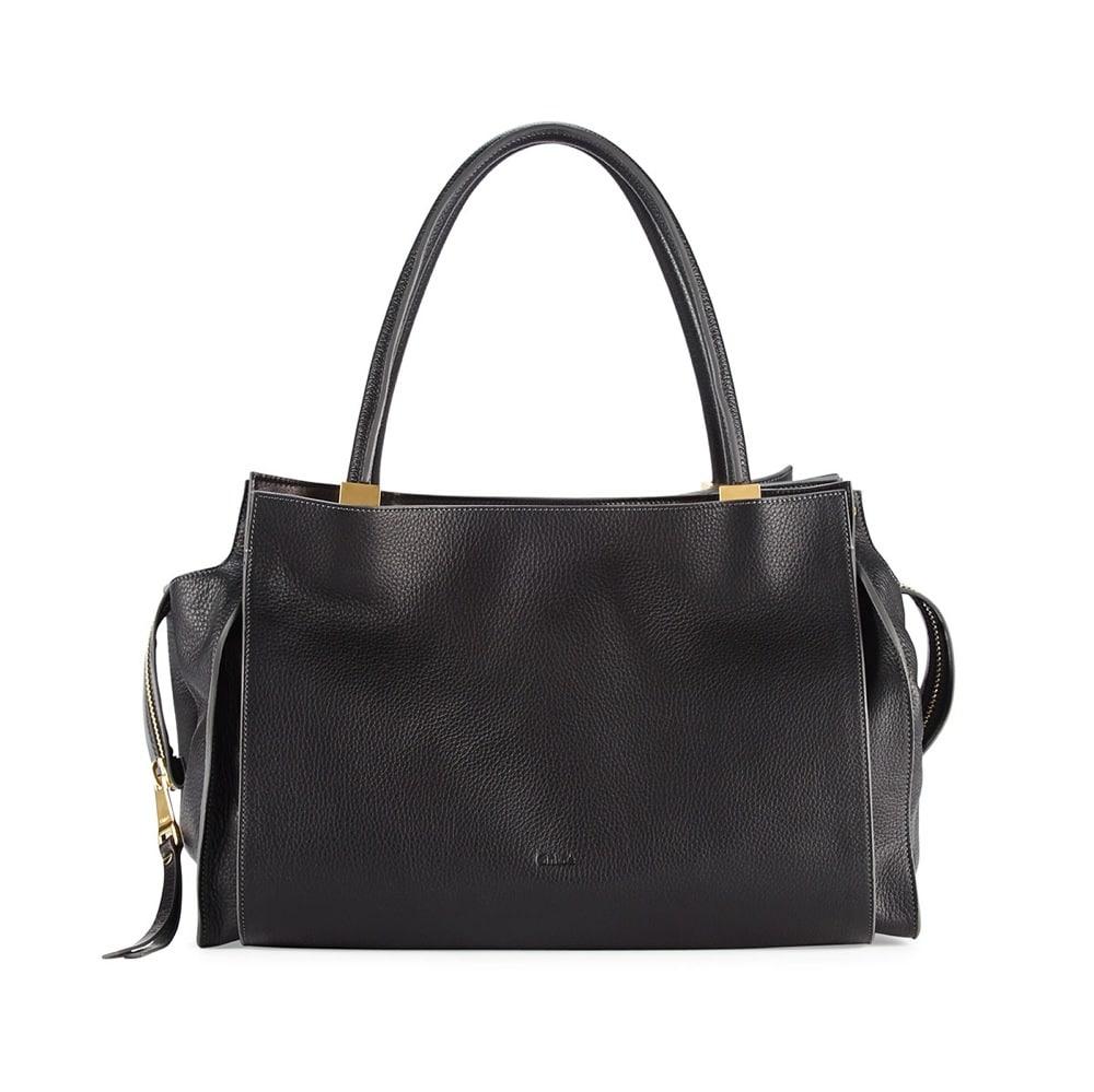 do chloe handbags have feet at the bottom