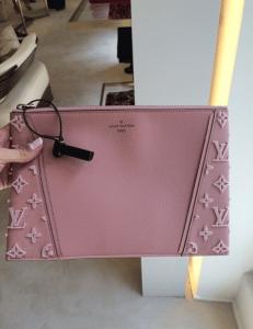 Louis Vuitton Magnolia Veau Cachemire with Tufted Sides W Pochette Bag