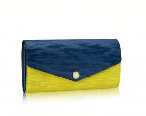 Louis Vuitton Pistache Epi Sarah Wallet NM3