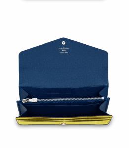 Louis Vuitton Pistache Epi Sarah Wallet NM3 Interior