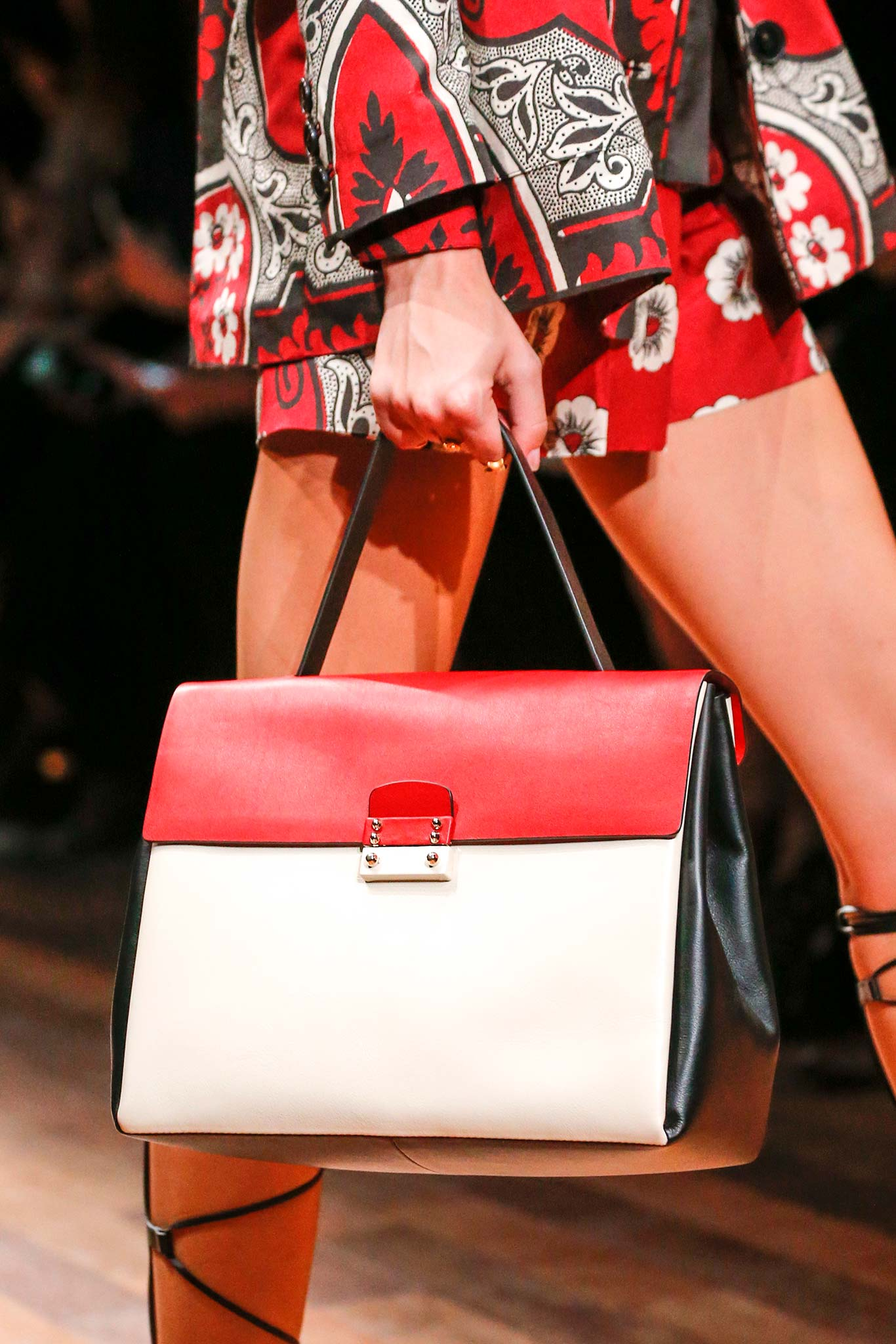 Spring Summer 2015 Bags Red Tote Bag Spring 2015