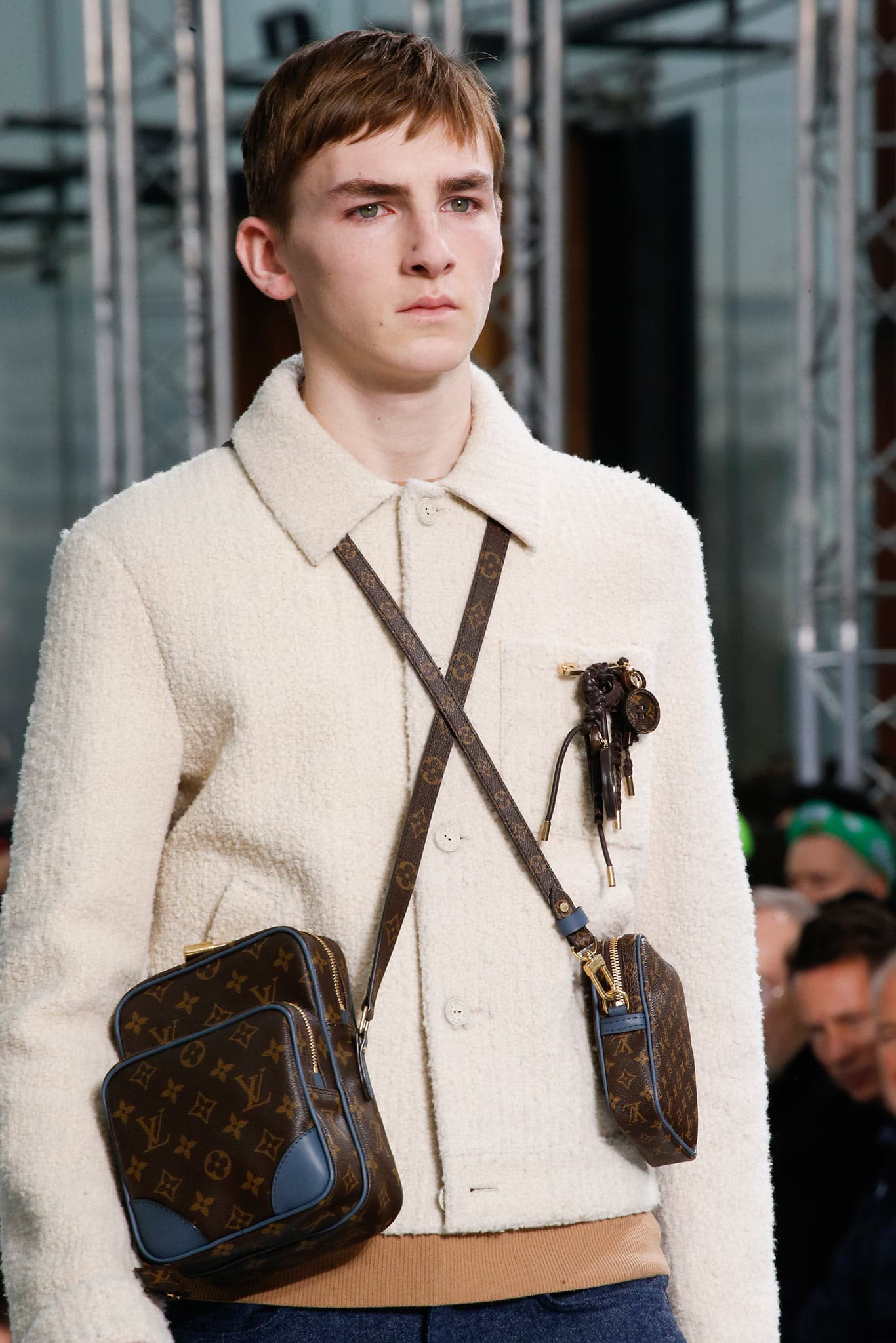 louis vuitton 2015. louis vuitton monogram canvas with blue trim mini messenger bags 2 - fall 2015