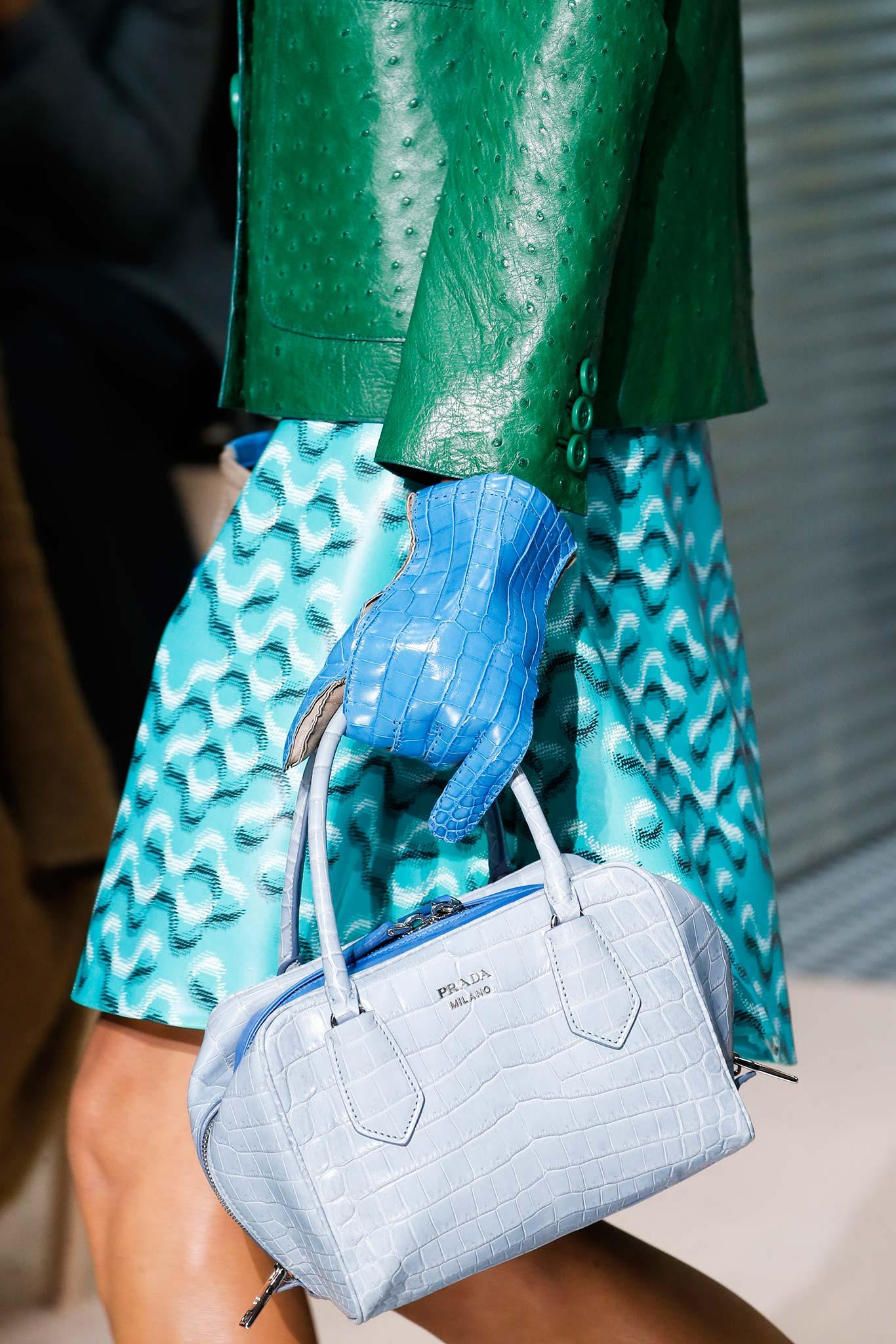 Где купить в Москве модные брендовые сумки, обувь