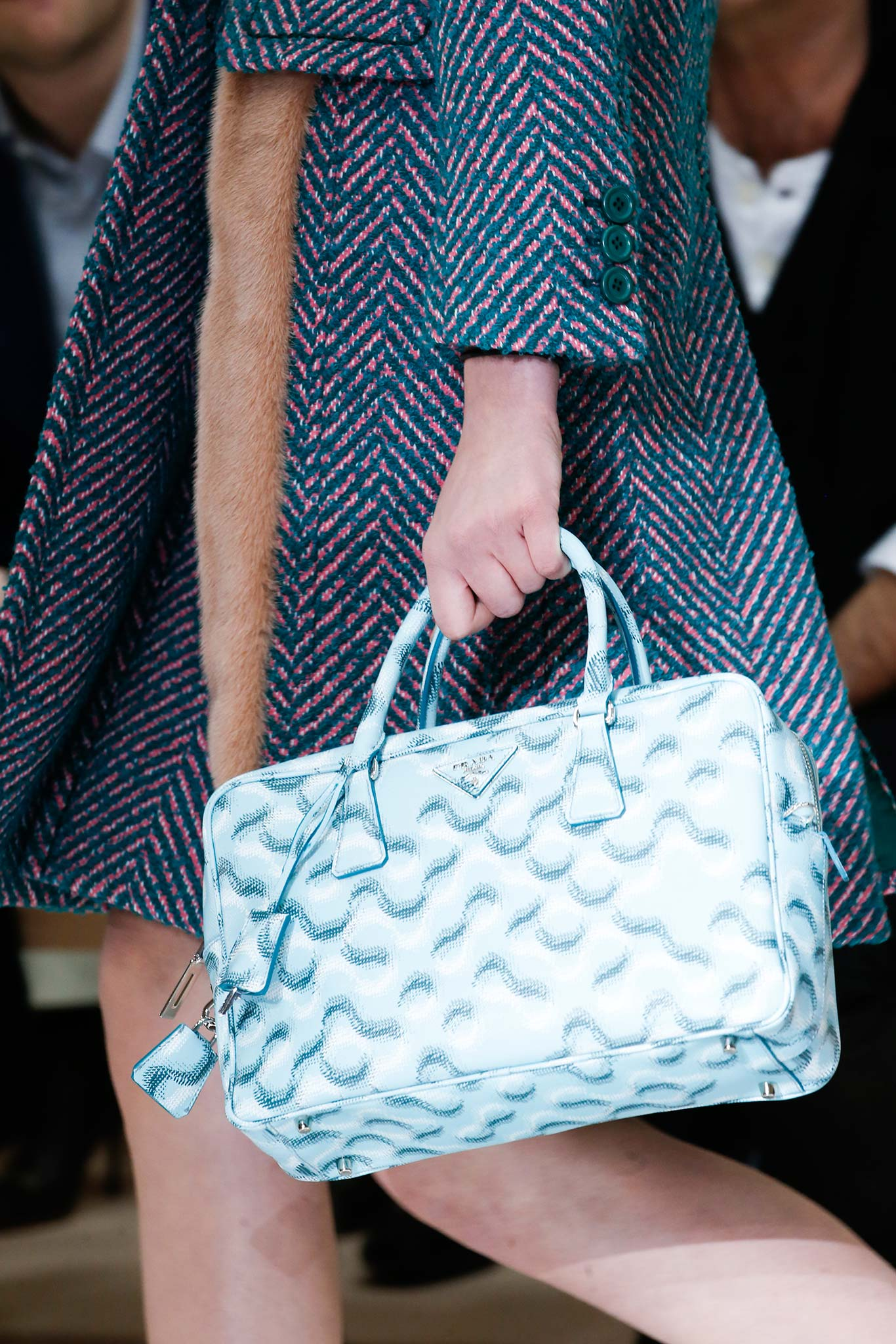 prada new wallet collection - Prada Fall/Winter 2015 Runway Bag Collection Featuring Pastel ...