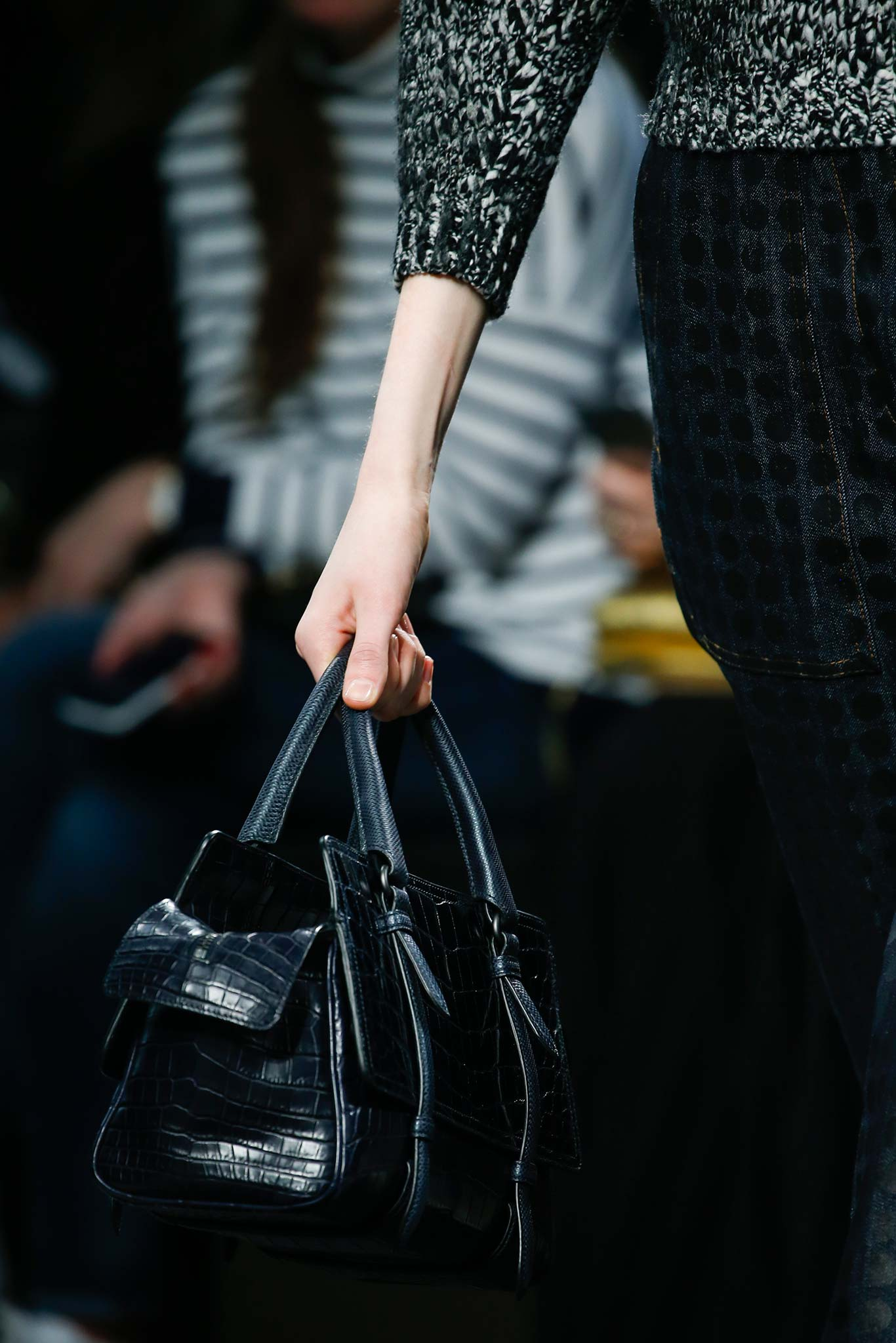 Fendi spring summer 2015 runway bag collection spotted fashion - Bottega Veneta Black Crocodile Top Handle Bag Fall 2015