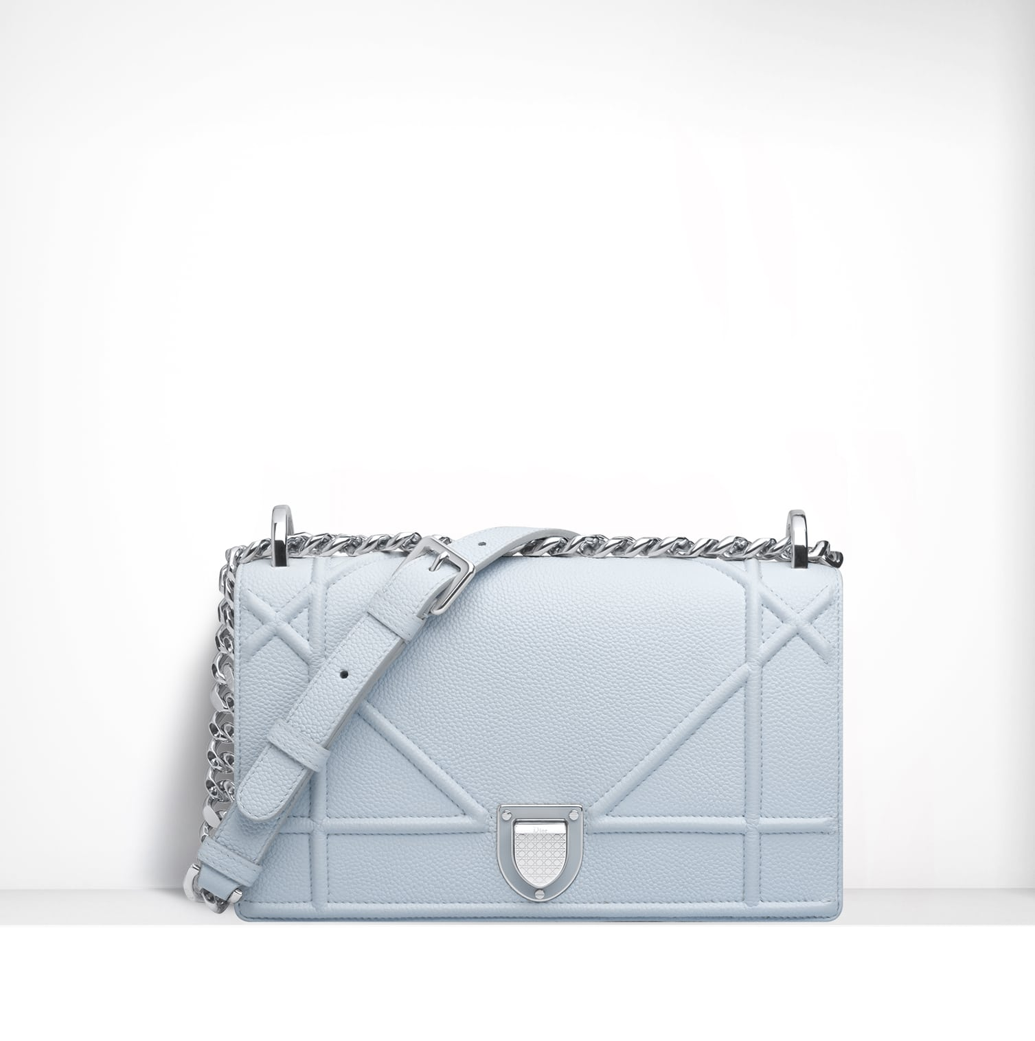 dior spring summer 2015 bag collection featuring furistic details