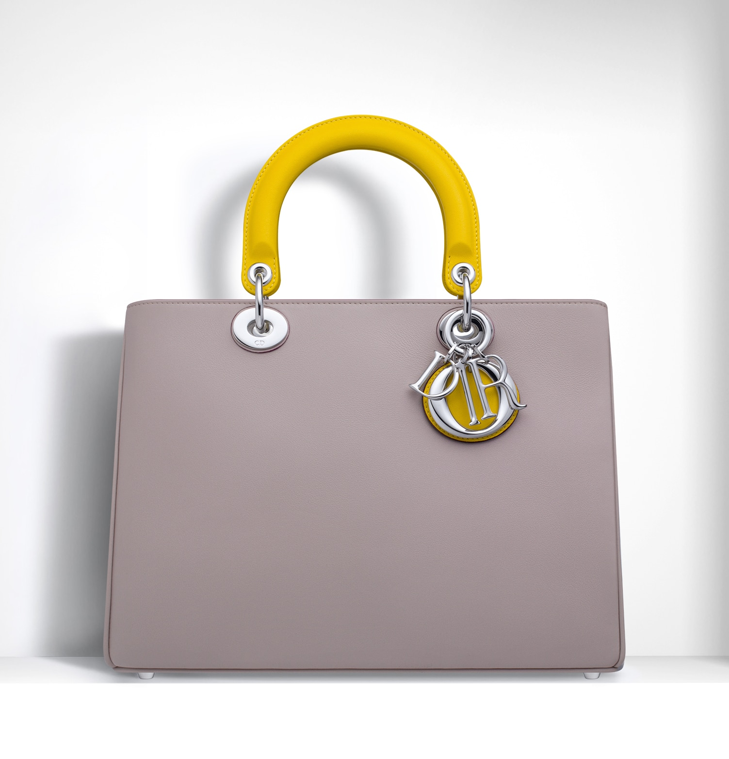 d0d9af6539 Dior Spring/Summer 2015 Bag Collection featuring Furistic Details ...