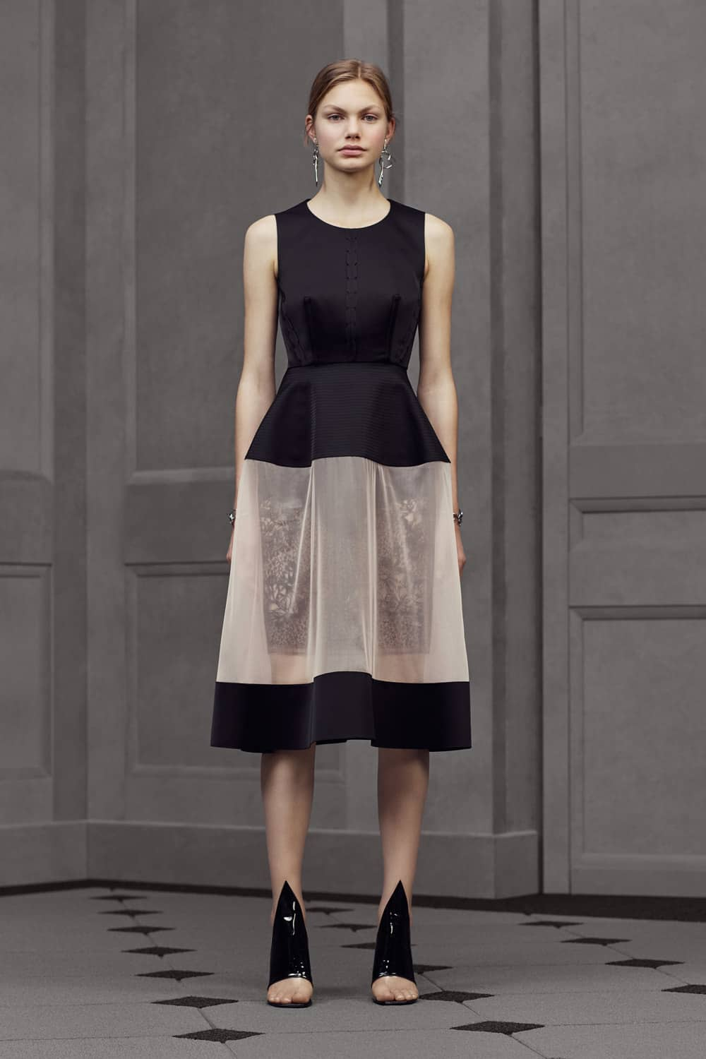 Balenciaga Resort 2016 Collection Featuring Peplum And