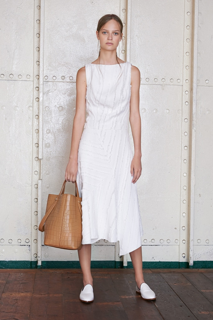 Mulberry Resort 2016 Collection includes a new Bucket Bag Style ... c90453822409d