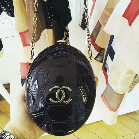 Chanel Black Plexiglass Turtle Clutch Bag - Cruise 2016