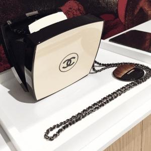 Chanel Beige/Black Compact Box Clutch Bag 2