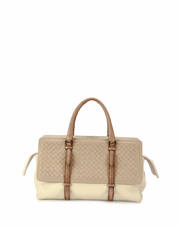 Veneta bottega resort bag collection exclusive photo