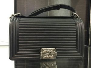 Chanel Black Horizontal Quilted Old Medium Boy Flap Bag 3