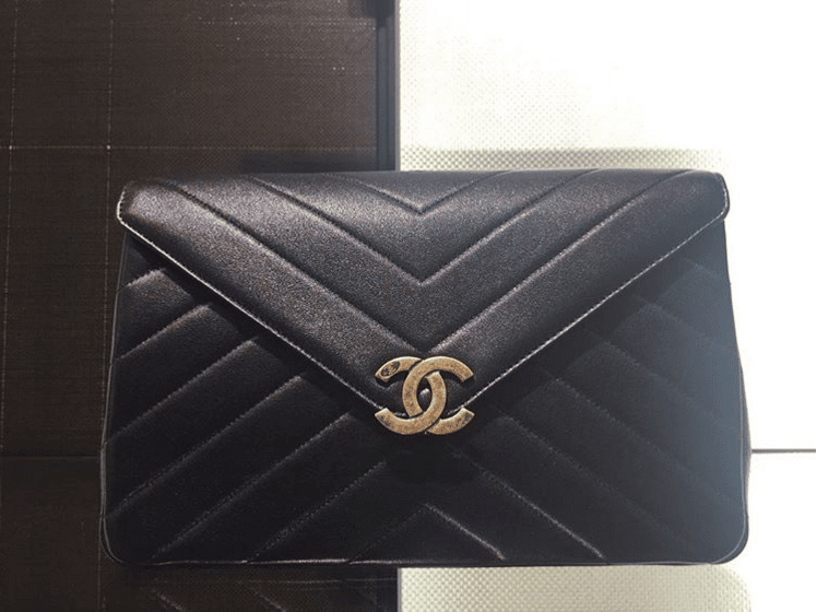 18e0d461ba1aae Chanel Coco Vintage Flap Bag | Bragmybag Chanel Coco Envelope and Camera  Case Bags From Cruise 2016 | Spotted Fashion