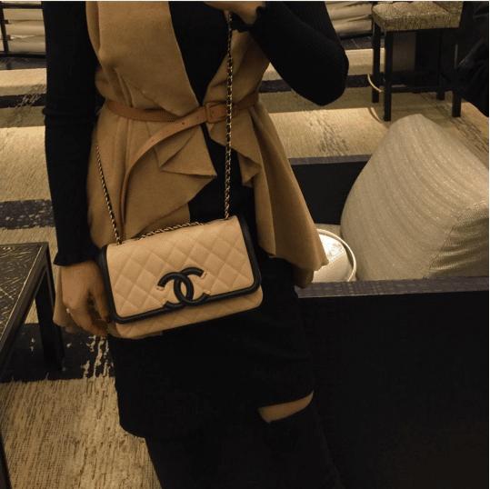 Chanel Beige Black CC Filigree Flap Bag. IG  brandname toon 3cf273b3e171e