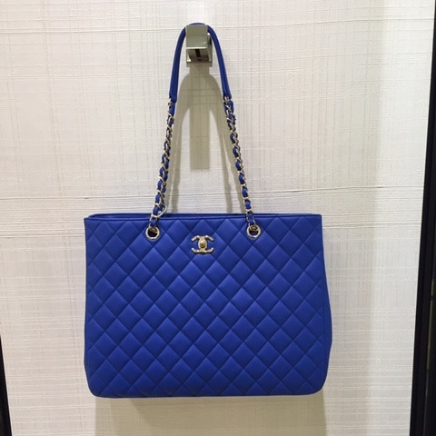 ebc51b55fc9a Chanel Timeless Classic Tote Bag From Cruise 2016 Collection ...