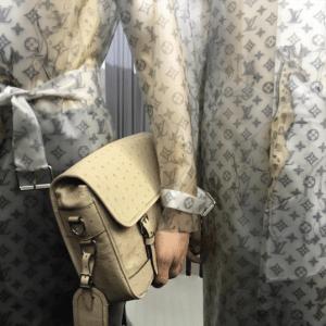 Louis Vuitton Beige Ostrich Messenger Bag 2 - Spring 2017