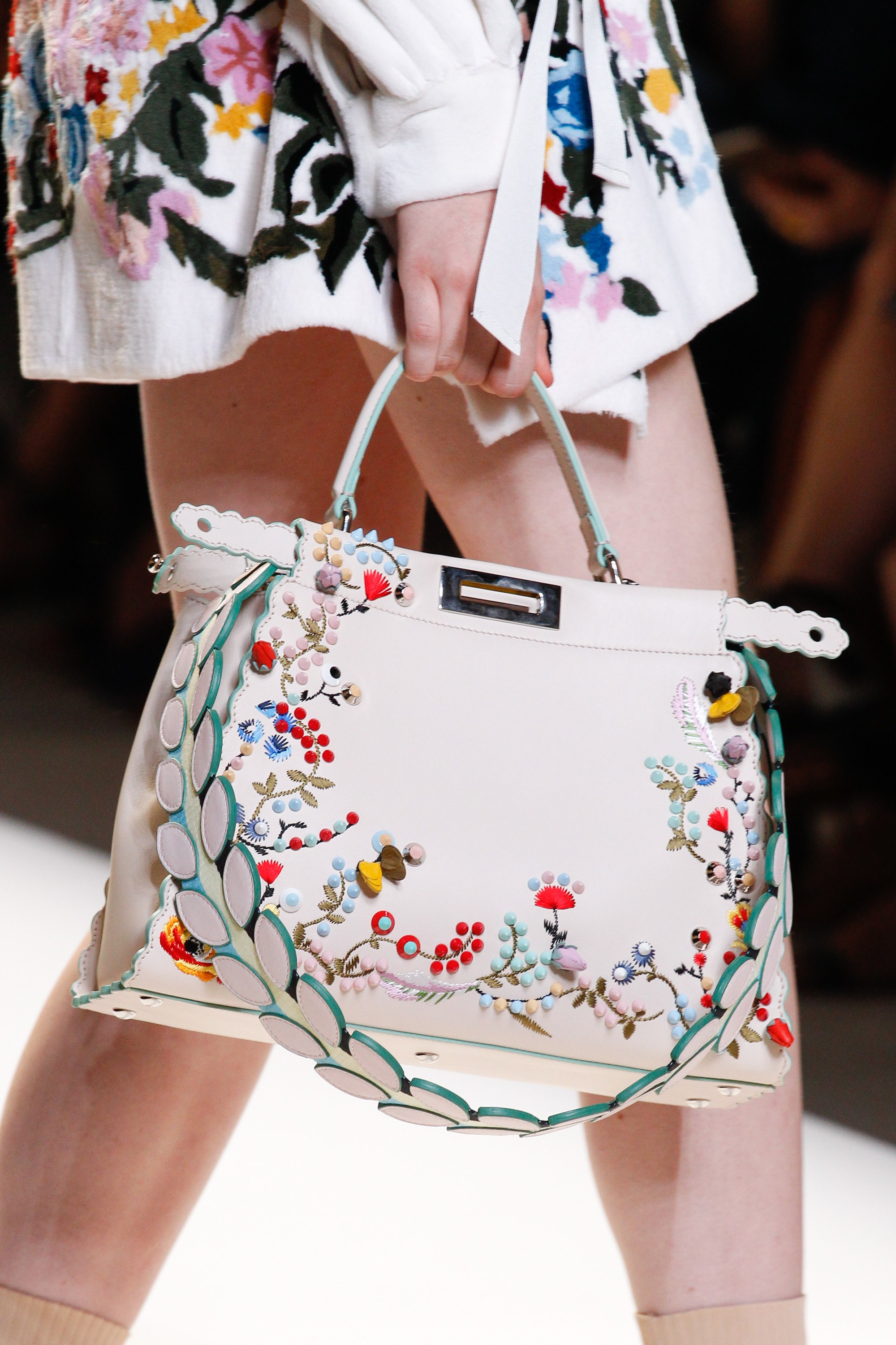Fendi spring summer 2015 runway bag collection spotted fashion - Fendi White Floral Embroidered Peekaboo Bag Spring 2017