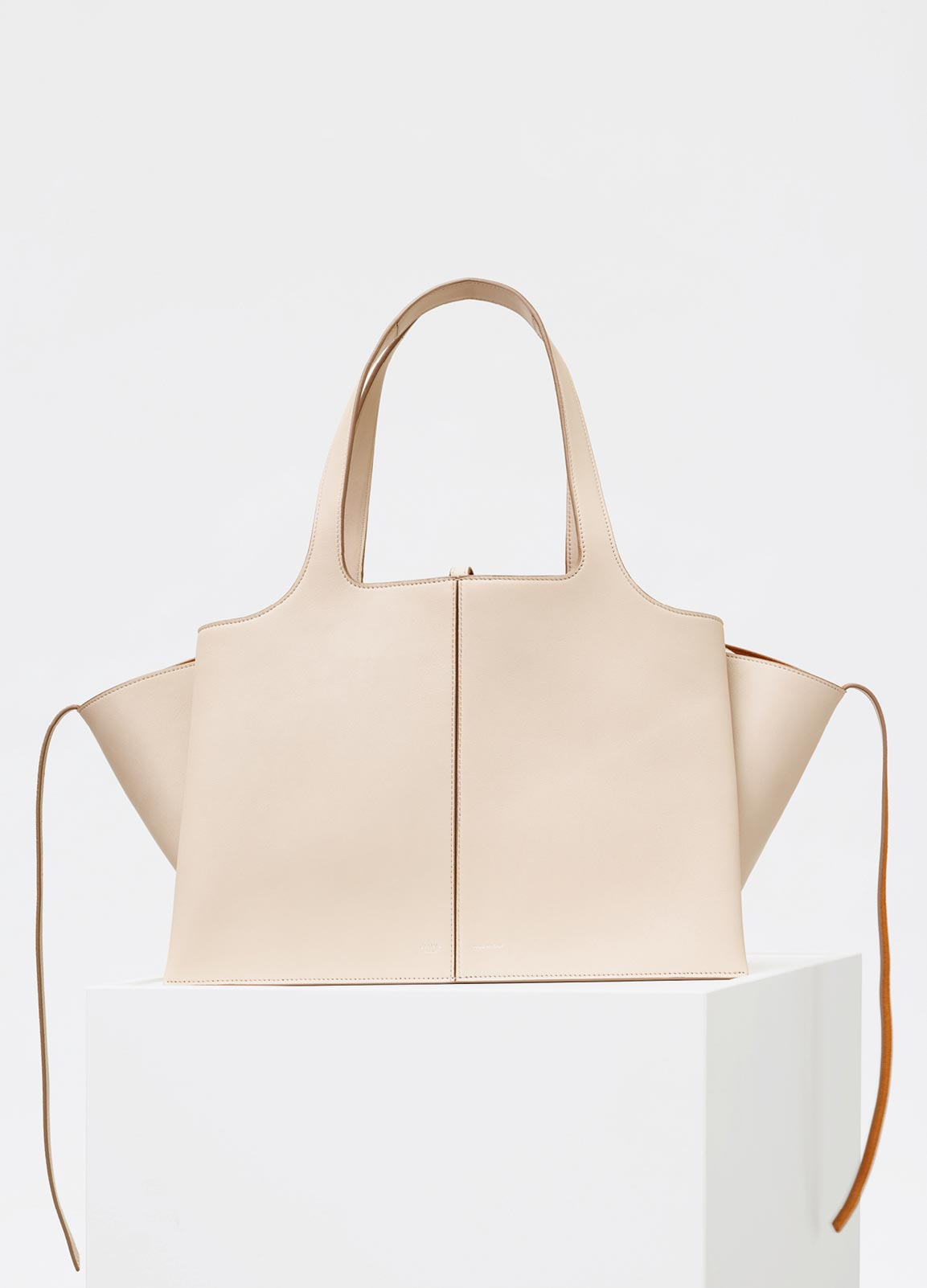 Celine Tri-Fold Shoulder Bag Reference Guide – Spotted Fashion