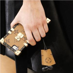 Louis Vuitton Monogram Reverse Petite Malle iPhone Case 2