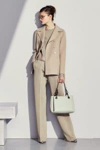 Bottega Veneta White Ostrich Tote Bag - Pre-Fall 2017