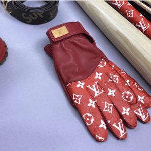 Supreme x Louis Vuitton Red/White Monogram Gloves