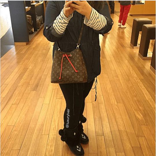 Fashion 2017 fall colors - Louis Vuitton Monogram Canvas Neonoe Bag Reference Guide