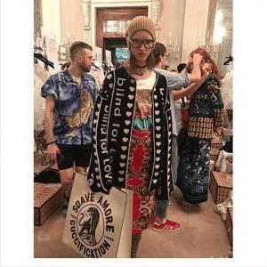 Gucci White/Black Guccification Tote Bag 2 - Cruise 2018
