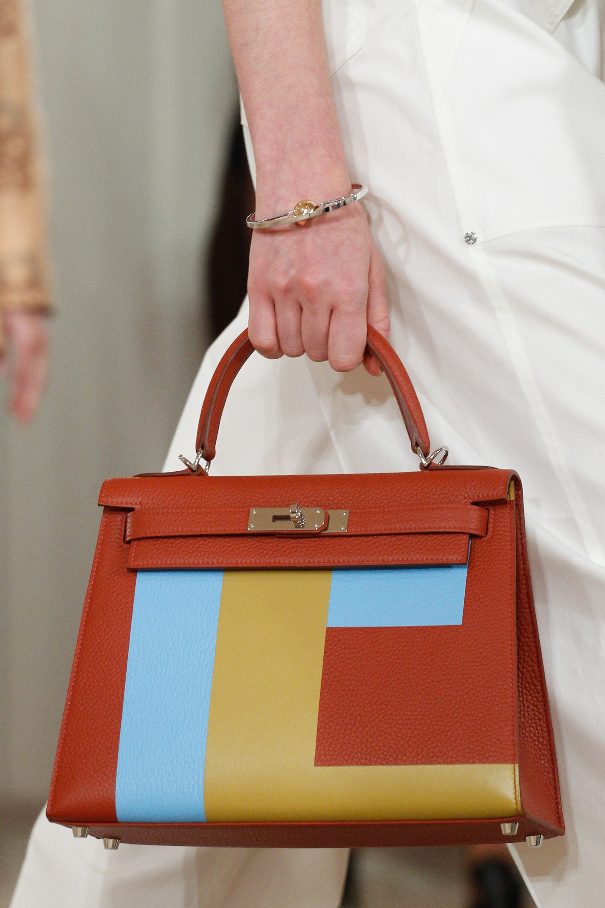 hermes resort 2018 runway bag collection includes birkin with piping spotted fashion. Black Bedroom Furniture Sets. Home Design Ideas