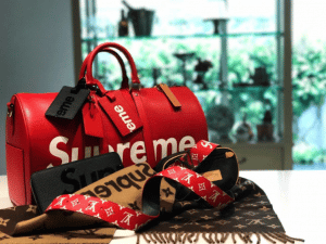 Louis Vuitton x Supreme Red Epi Keepall Bandouliere 45 Bag 2