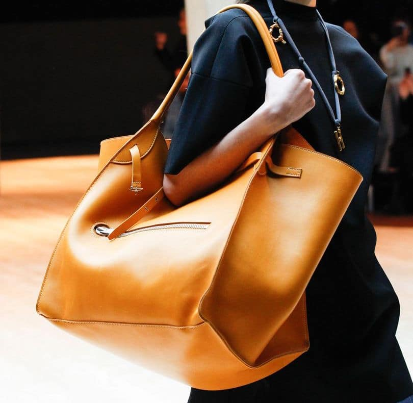 ae581866715 Big Bags Are Back For Fall Winter 2017   Spotted Fashion