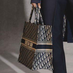 Dior Blue Signature Canvas Dior Oblique Tote Bag - Pre-Fall 2018