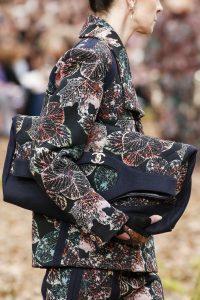 Chanel Blue Leaf Print 31 Tote Bag - Fall 2018