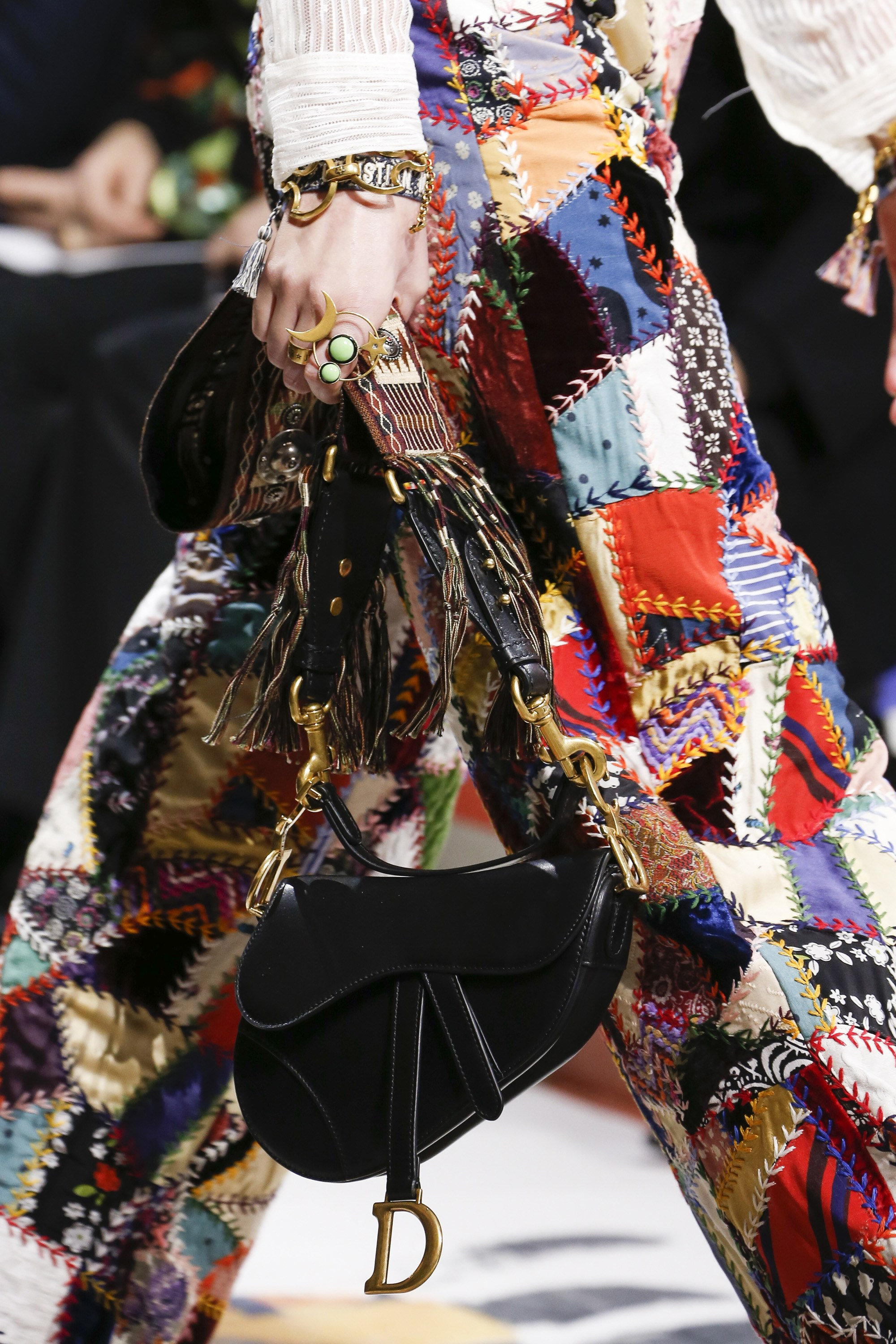 Dior Fall Winter 2018 Runway Bag Collection featuring Saddle Bags ... b9ad6b2491c37