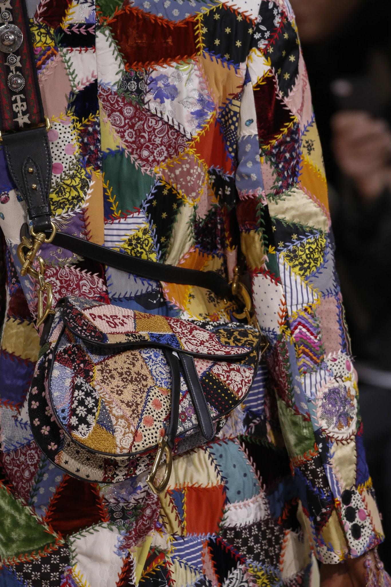 dior fall  winter 2018 runway bag collection featuring saddle bags
