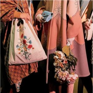 Gucci White Floral Drawstring Bag - Cruise 2019