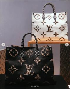 Louis Vuitton Monogram Giant Animal On The Go Borse