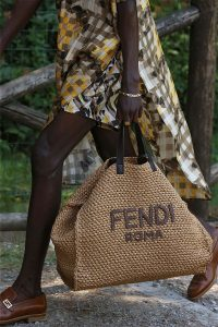 Fendi Natural Raffia Tote Bag - Spring 2020